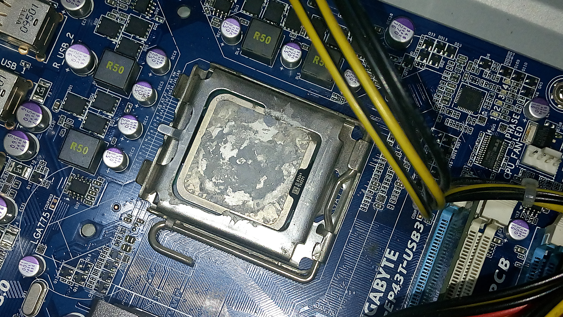 INTEL CPU Stock Cooler Thermal Paste Replacement Step-By